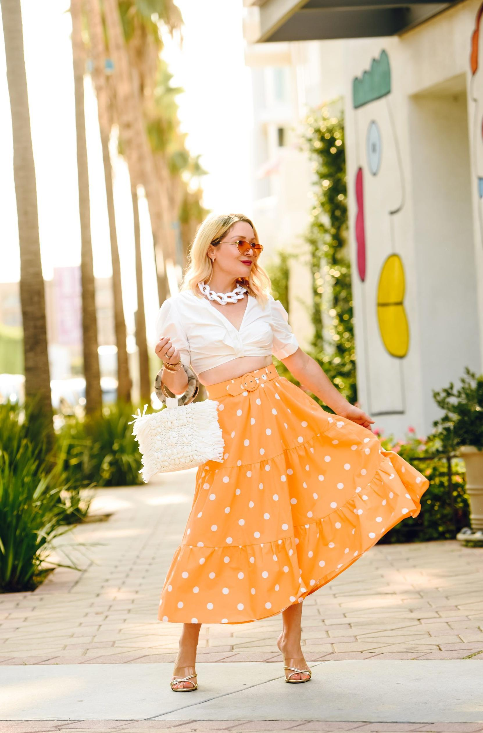 Beautiful Midi Skirts Outfit Ideas To Wear Right Now 2022