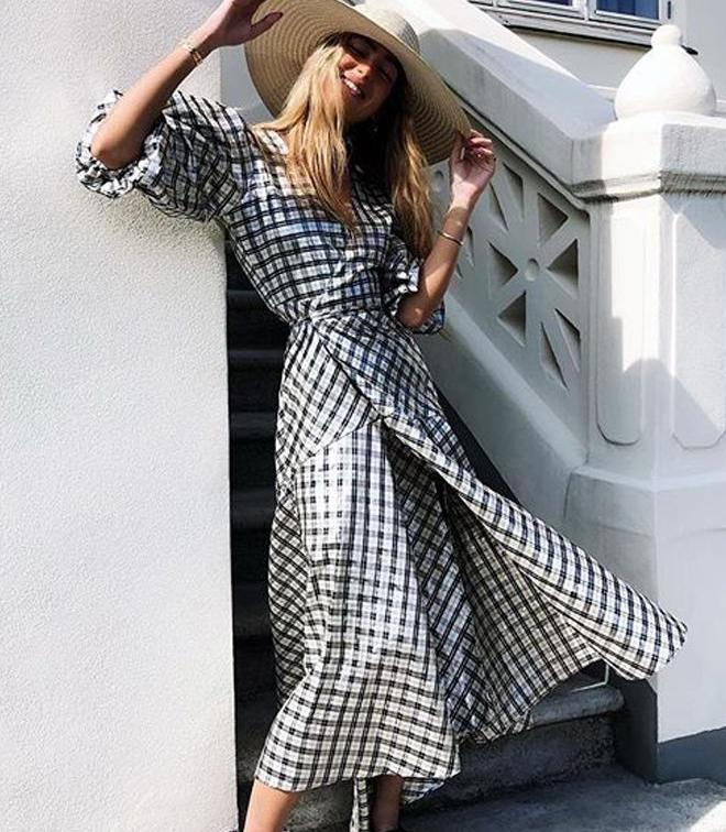Beach Dresses To Wear As A Wedding Guest: Easy Styles To Try 2022