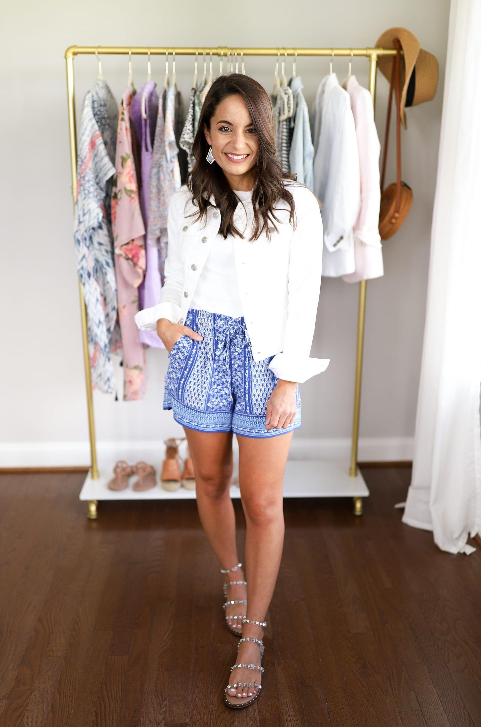 Paperbag Shorts Trend Is Back: 17 Ways Wearing Them 2022