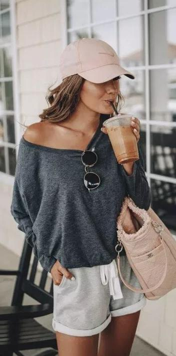 Best Summer Looks to Steal This Season: Simple Outfits For Young Ladies 2022