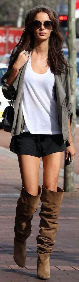 Can Women Wear Shorts In Winter 2022
