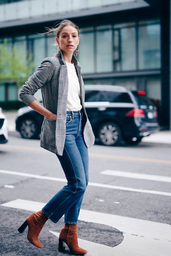 Can You Wear Plaid Blazer With Jeans This Spring? 2022